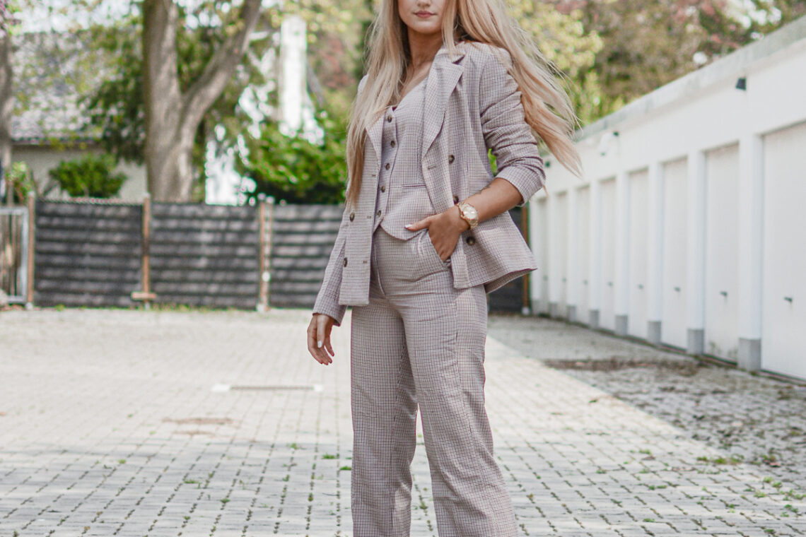 Outfit: 3 Piece